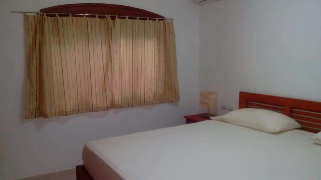 Appartamento da una camera a las terrenas in affitto per - Descrizione camera da letto in inglese ...