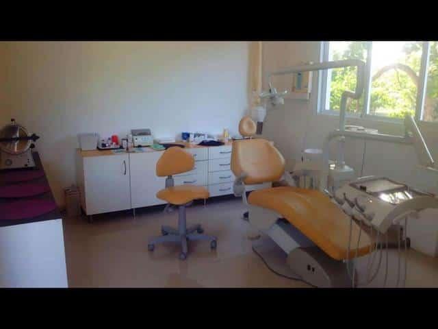 Vendesi attività dentista a Las Terrenas