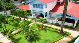 Vendesi residence/hotel fronte mare nella spiaggia piu frequentata di Las Terrenas